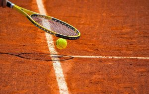 ahli lapangan tenis - Gravel
